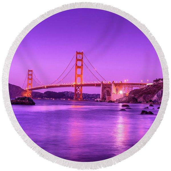 Golden Gate Bridge At Night Round Beach Towel