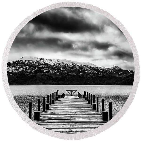Landscape With Lake And Snowy Mountains In The Argentine Patagonia - Black And White Round Beach Towel