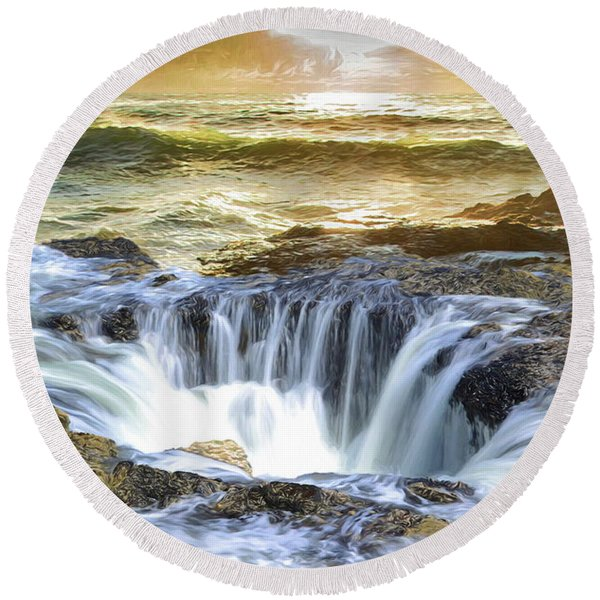 Thor's Well - Oregon Coast Round Beach Towel