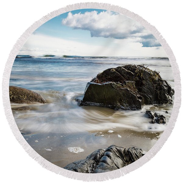 Tide Coming In #2 Round Beach Towel