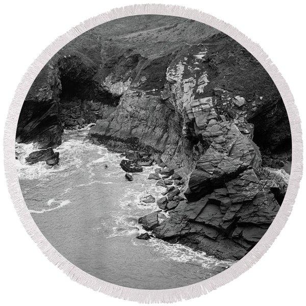 Tintagel Rocks Round Beach Towel