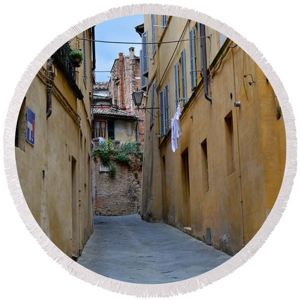 Tiny Street In Siena Round Beach Towel