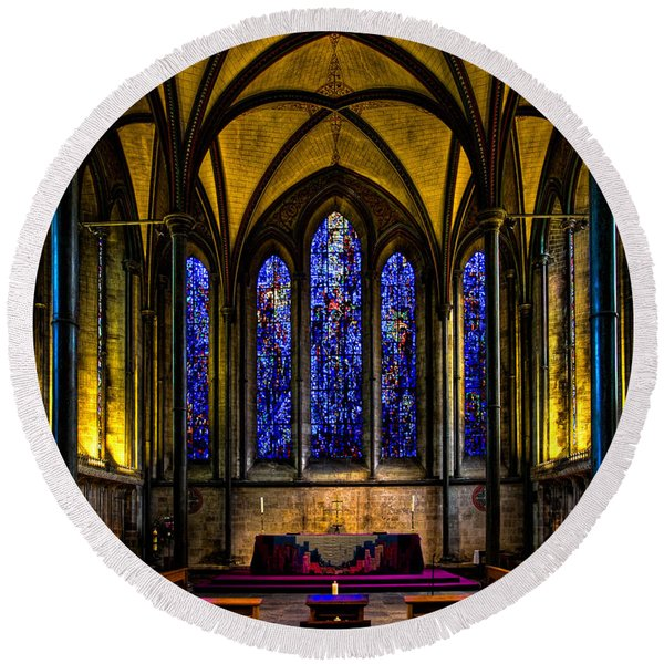 Round Beach Towel featuring the photograph Trinity Chapel Salisbury Cathedral by Chris Lord