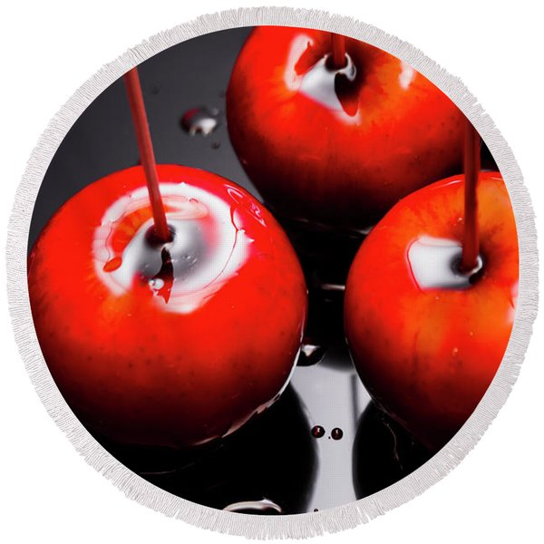 Trio Of Bright Red Home Made Candy Apples Round Beach Towel