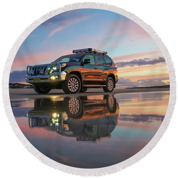Twilight Beach Reflections And 4wd Car Round Beach Towel