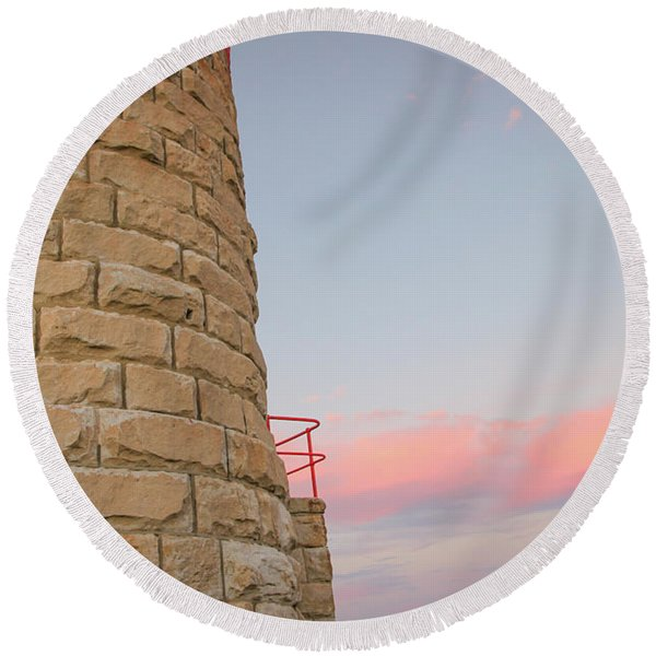 Close-up Detail Of The Cape Moreton Lighthouse Round Beach Towel