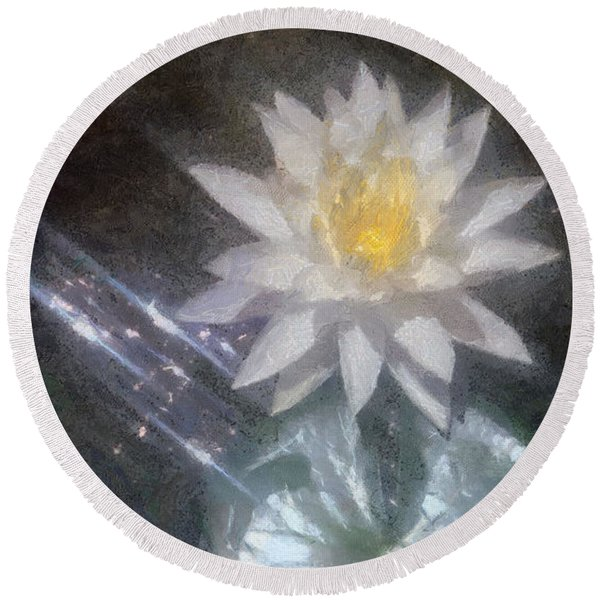 Water Lily In Sunlight Round Beach Towel
