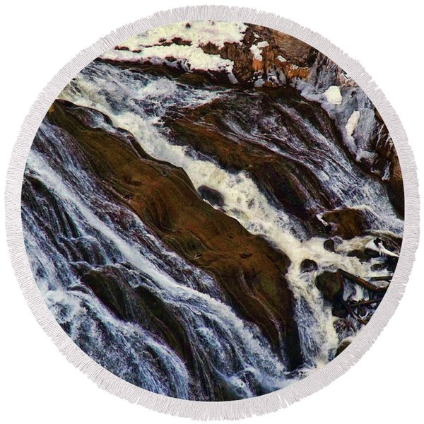 Waterfall In Yellowstone Round Beach Towel