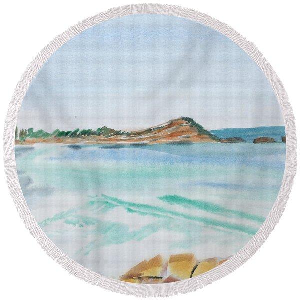Waves Arriving Ashore In A Tasmanian East Coast Bay Round Beach Towel