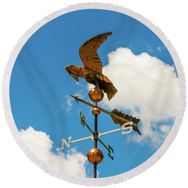 Weather Vane On Blue Sky Round Beach Towel