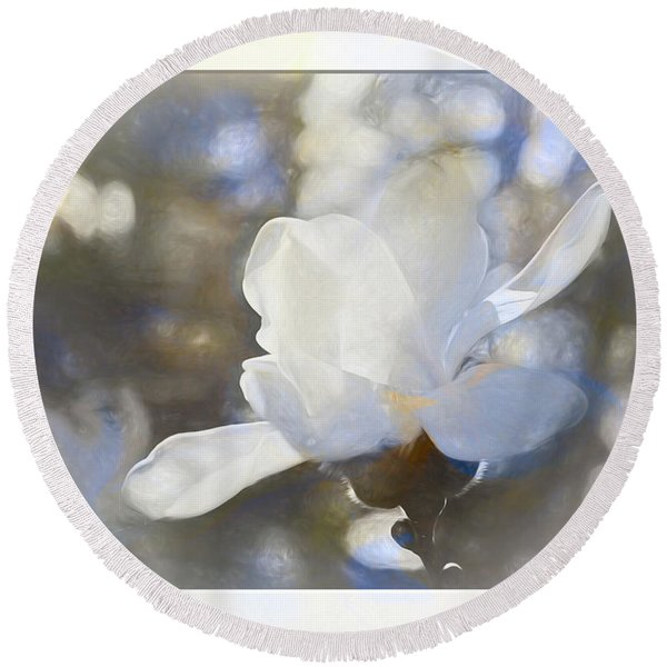 White Magnolia Flower Blossom In The Sunlight Round Beach Towel