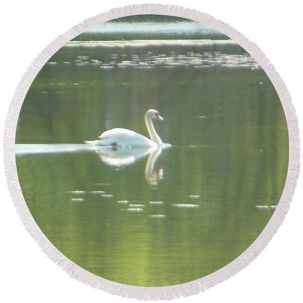 White Swan Silhouette Round Beach Towel