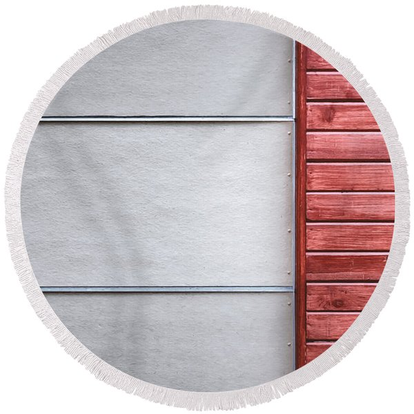 Wide And Narrow Lines Round Beach Towel