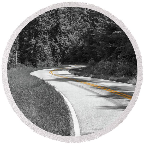 Winding Country Road In Selective Color Round Beach Towel