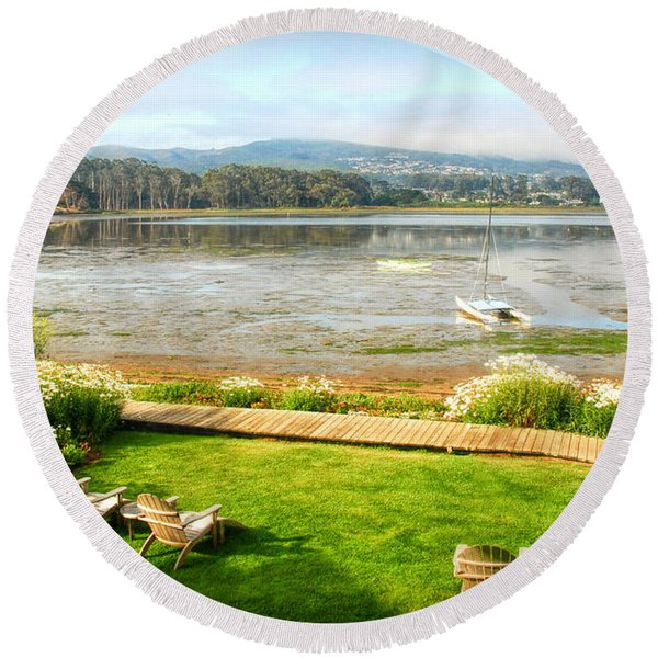 Round Beach Towel featuring the photograph Window Of The Back Bay Inn by Michael Hope