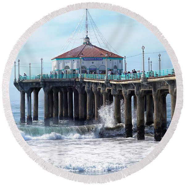Round Beach Towel featuring the photograph Windy Manhattan Pier by Michael Hope