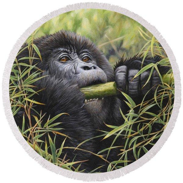 Young Mountain Gorilla Round Beach Towel