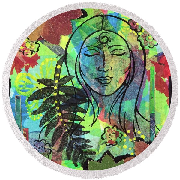 Native Dreams Round Beach Towel