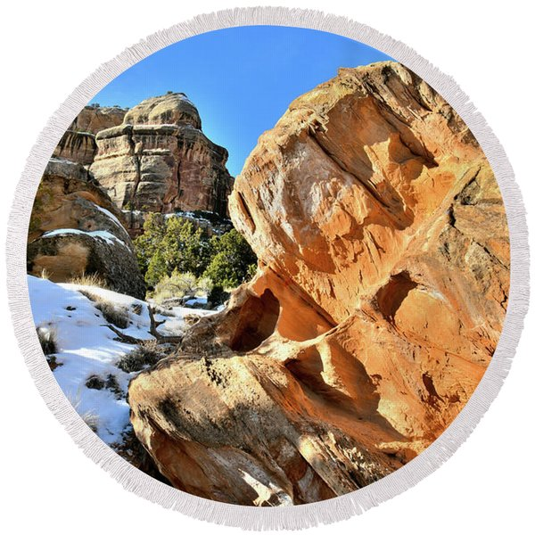 Colorful Colorado National Monument Round Beach Towel