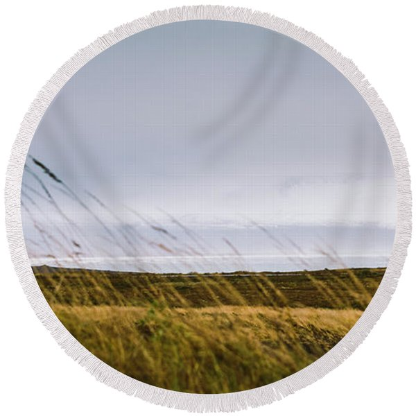 Beautiful Panoramic Photos Of Icelandic Landscapes That Transmit Beauty And Tranquility. Round Beach Towel