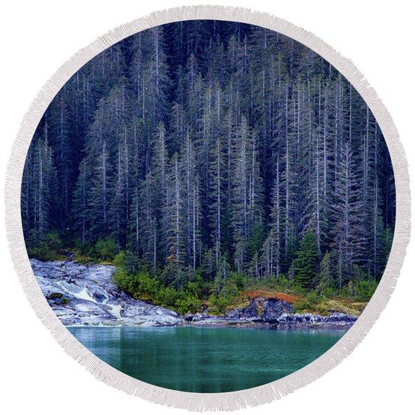 Alaskan Coastline Beauty Round Beach Towel