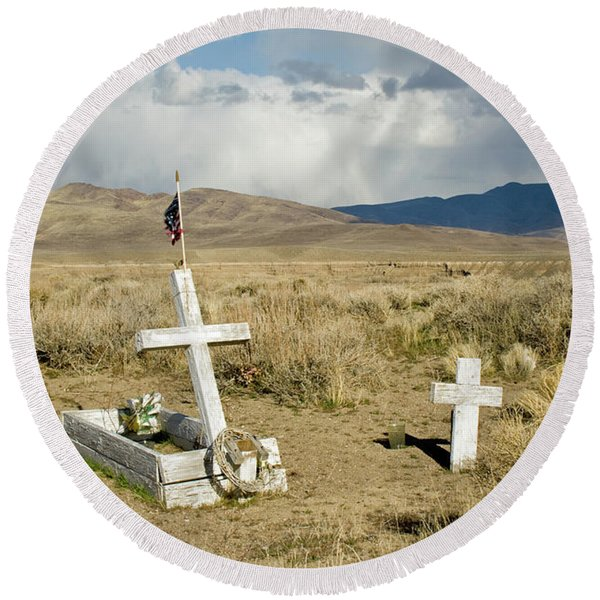 American Flag Grave Round Beach Towel