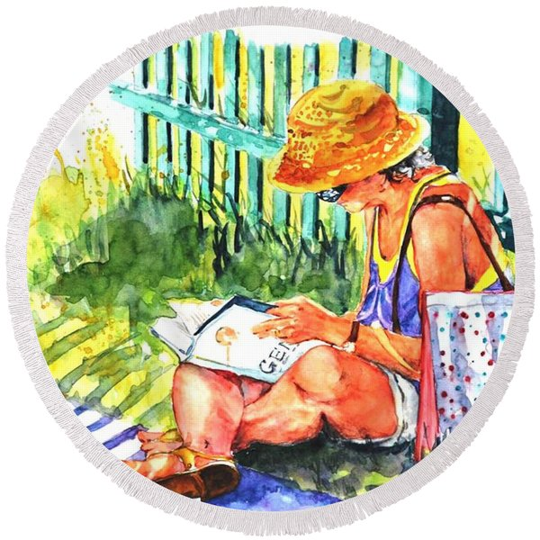 Avid Reader #2 Round Beach Towel