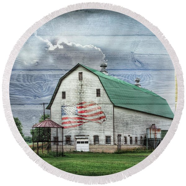 Barnstormer With Wood Textures Round Beach Towel