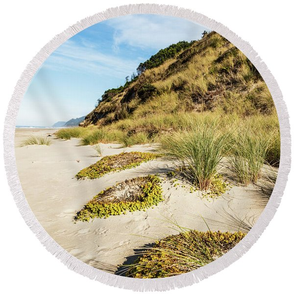 Beach Vegetation Round Beach Towel