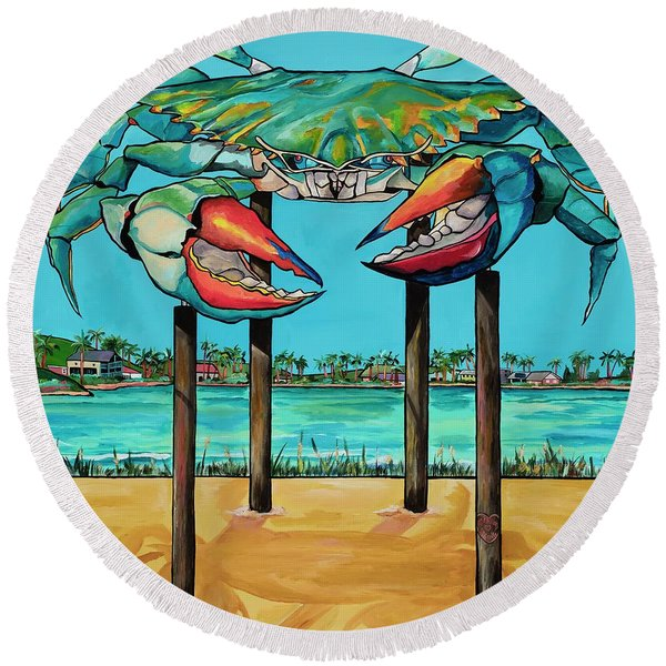 Big Blue Crab Rockport Round Beach Towel