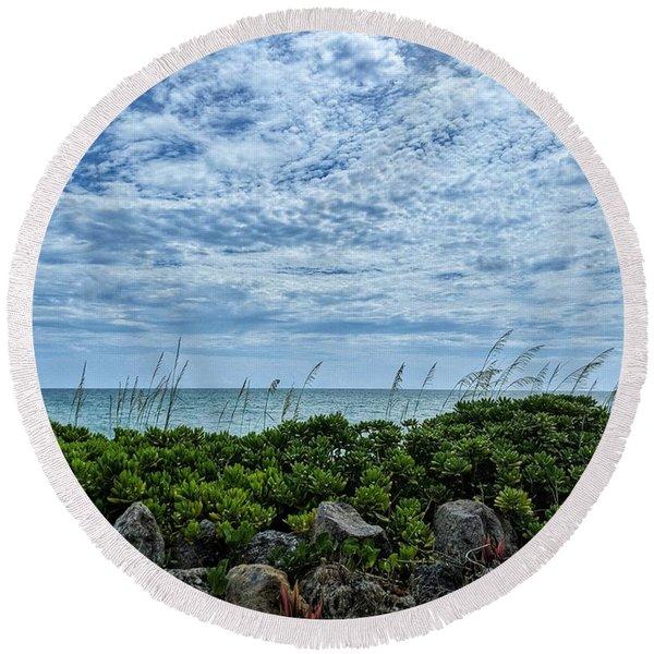 Blue Sky Lullaby Round Beach Towel