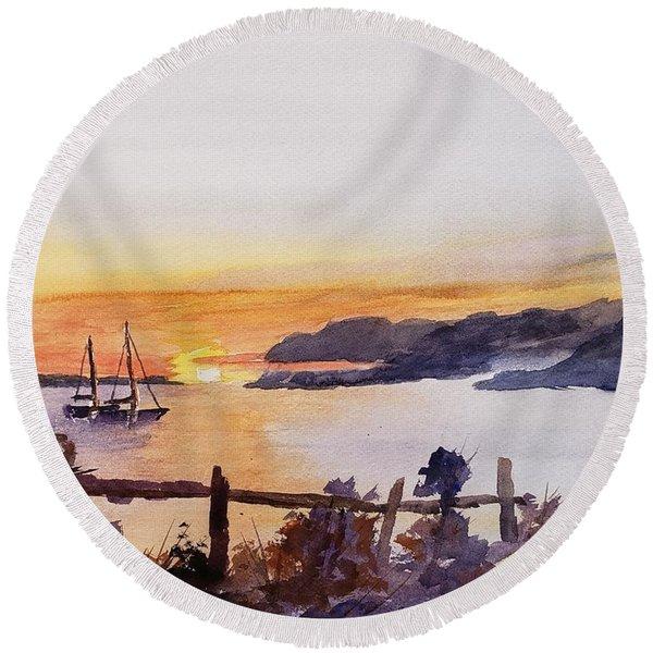 Brakey Bay Sunset Round Beach Towel