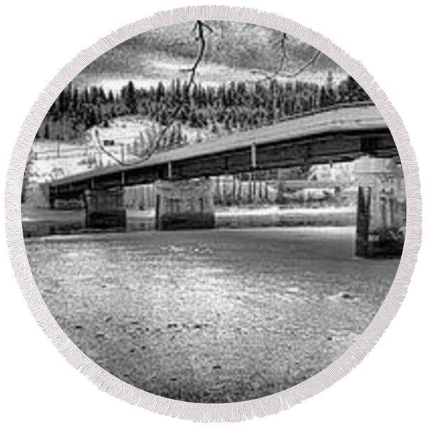 Bridge Over Frozen Waters Round Beach Towel