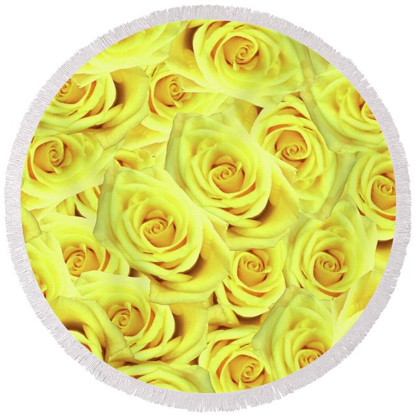 Candlelight Roses Round Beach Towel