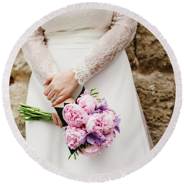 Colorful Bridal Bouquets With Flowers Round Beach Towel