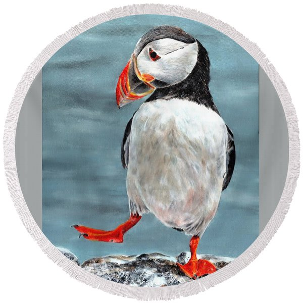 Dancing Puffin Round Beach Towel