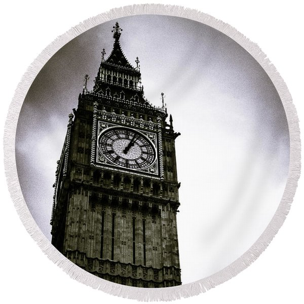 Dark Big Ben Round Beach Towel