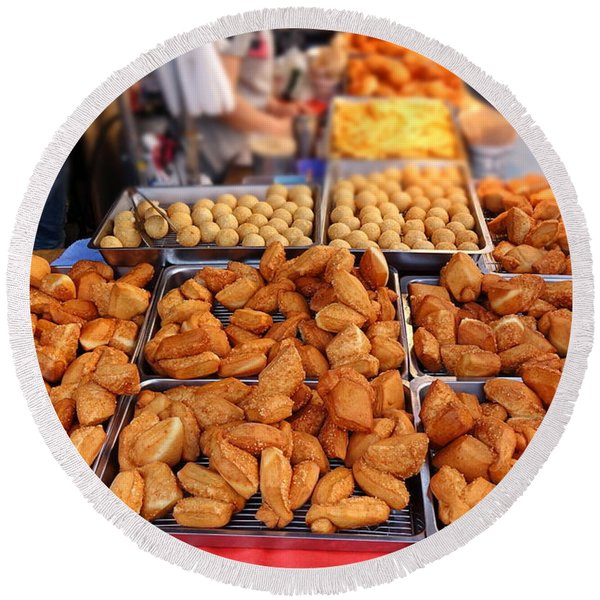 Deep Fried Chinese Bread Buns Round Beach Towel