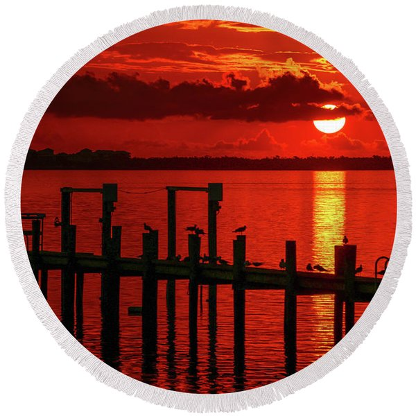 Fireball And Pier Sunrise Round Beach Towel