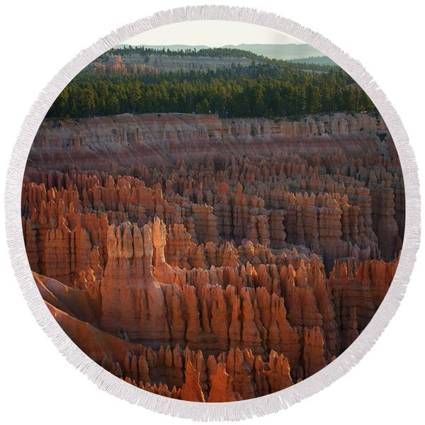 First Light On The Hoodoo Inspiration Point Bryce Canyon National Park Round Beach Towel