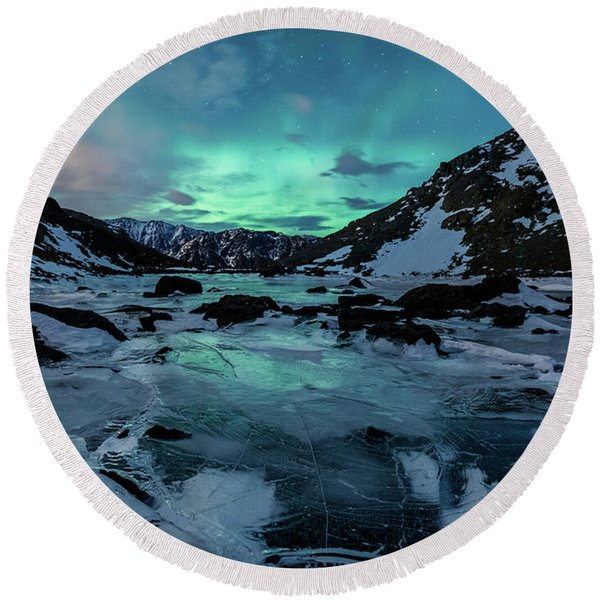 Round Beach Towel featuring the photograph Gale-force Aurora H by Tim Newton