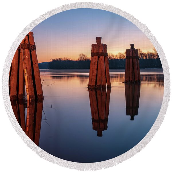 Group Of Three Docking Piles On Connecticut River Round Beach Towel