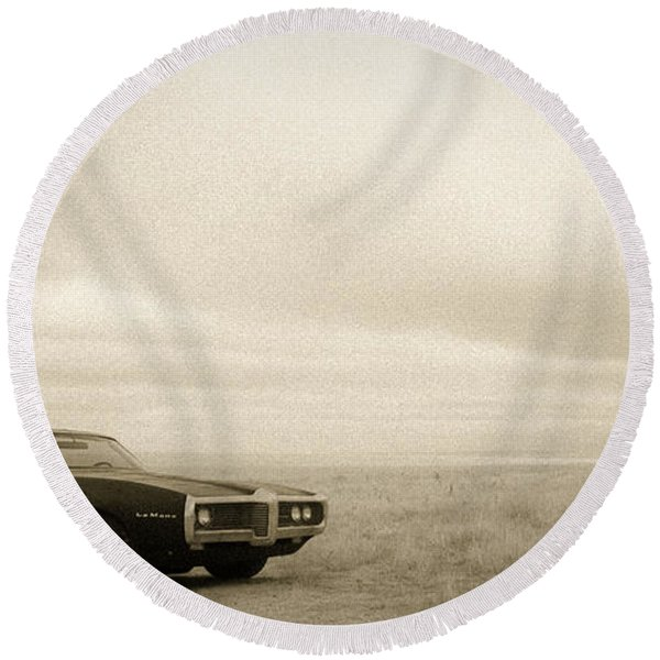 Round Beach Towel featuring the photograph High Plains Drifter by Carl Young