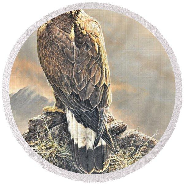 Highlander - Golden Eagle Round Beach Towel
