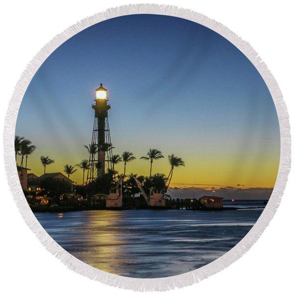 Hillsboro Light Reflection Round Beach Towel