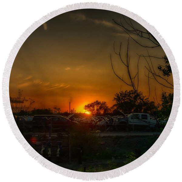 Junk Yard Sunset Round Beach Towel