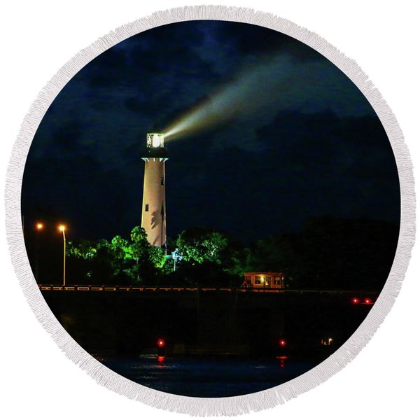 Lighthouse Lightbeam Round Beach Towel