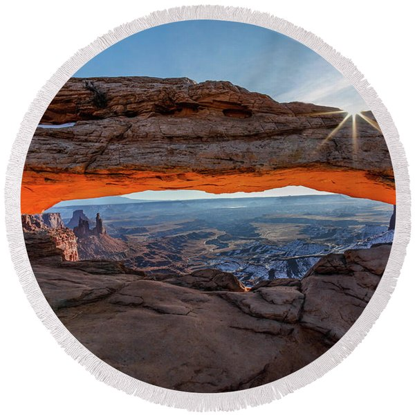 Mesa Arch Sunrise 2017 Round Beach Towel