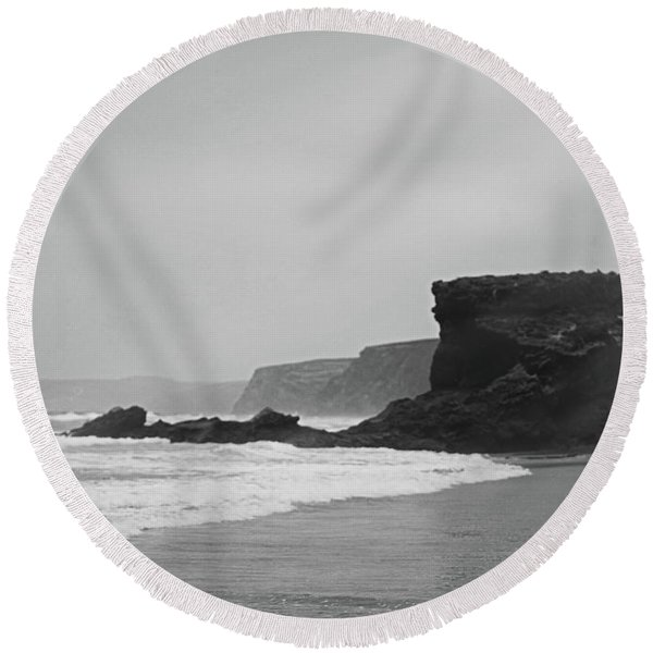 Ocean Memories II Round Beach Towel