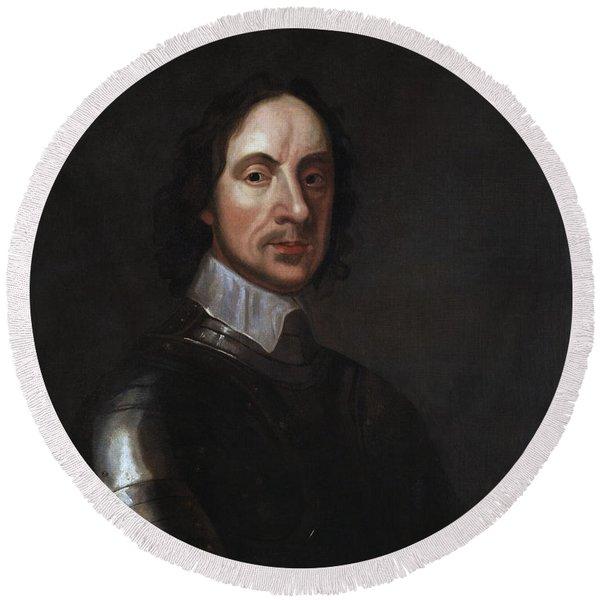Oliver Cromwell Portrait - By Adriaen Hanneman Round Beach Towel